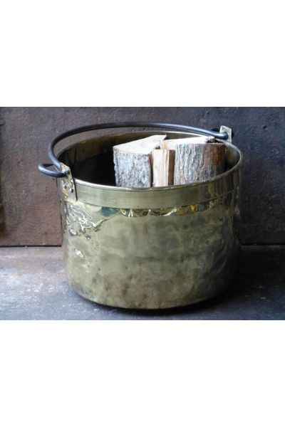 Polished Brass Firewood Bucket made of 15,33