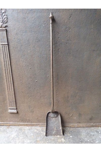 Antique French Fire Shovel made of 15