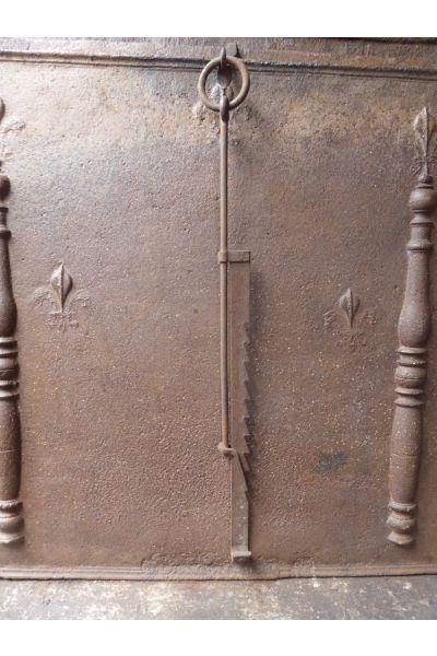 18th c Pot Hanger made of 15
