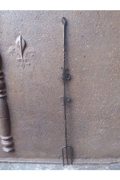 Antique Toasting Fork made of 15
