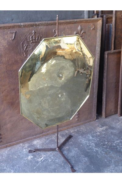 Polished Brass Fire Screen made of 15,33