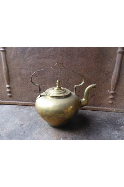 Antique Kettle made of 16