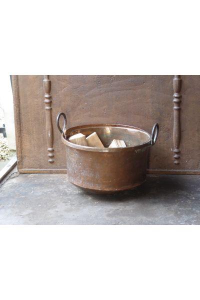 Antique Log Holder made of 15,31