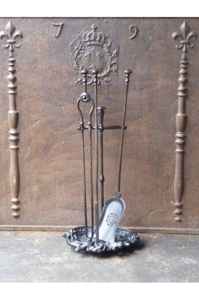 Victorian Companion Set made of 14,15