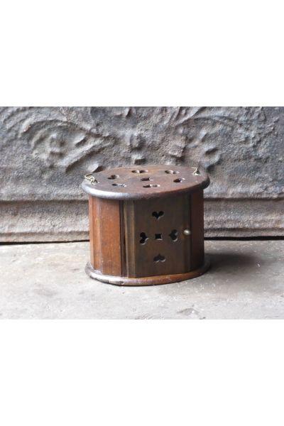 Antieke stoof made of 16,149