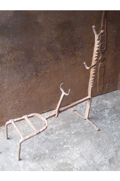 17th c. Trivet made of 15