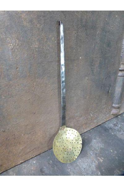 Antique Skimmer made of 32,33