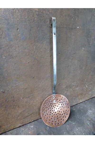 Antique Skimmer made of 32,47