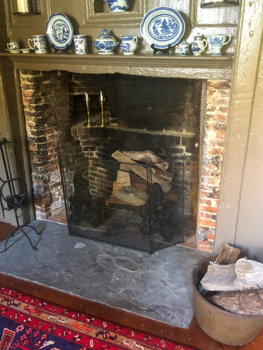 Rustic and decorative fireplace screens for sale