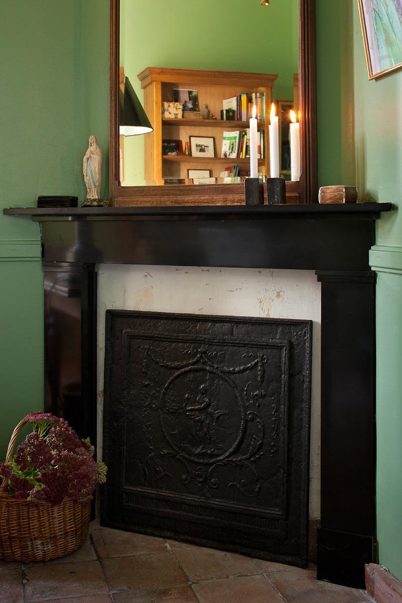 How Do I Decorate My Unused Fireplace Like A Real Fireplace