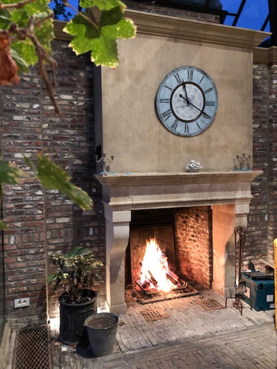 Fireplace Fireback in Zolder, Belgium, sourced by https://www.firebacks.net