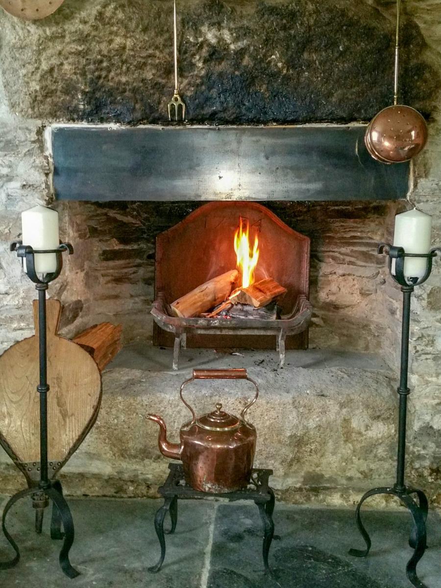 Fireplace accessories in Liskeard, UK, sourced by https://www.firebacks.net