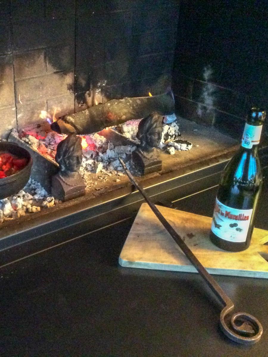 Fireplace accessories in Zürich, Switzerland, sourced by https://www.firebacks.net