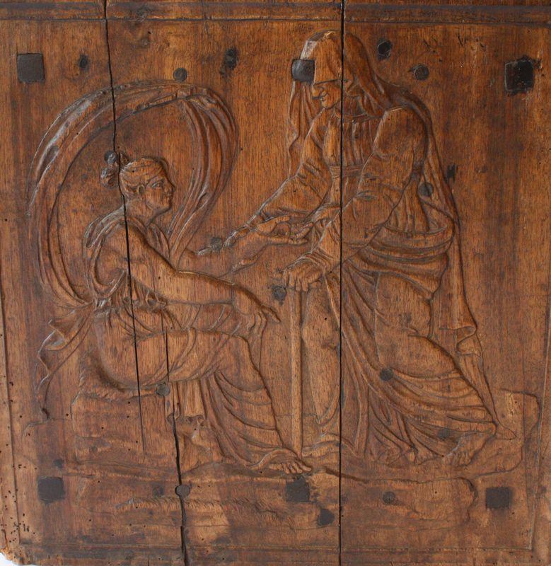 Antieke houten mal voor een haardplaat