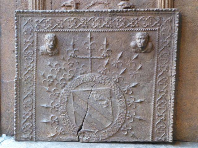Gotische Kaminplatte