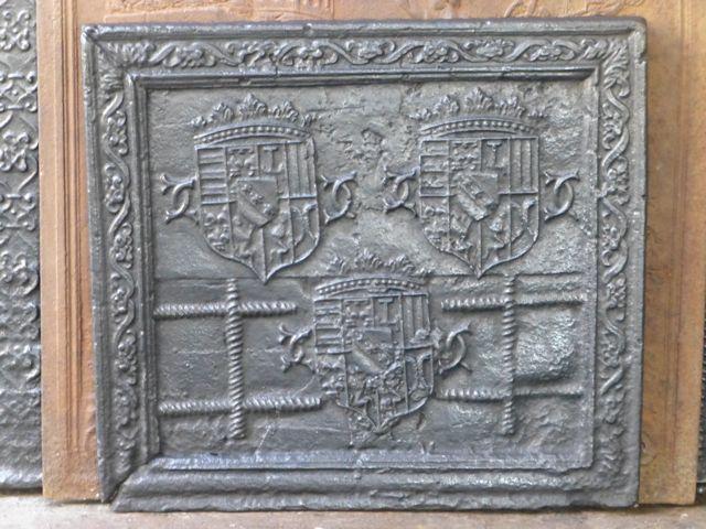Plaque de cheminée style et époque renaissance